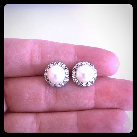 Jewelry - Faux diamond and pearl earrings.